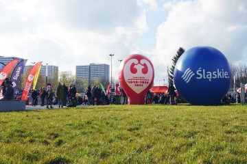 The Alpha balloon and the sphere balloon at the Silesian Stadium during the celebration of November 11