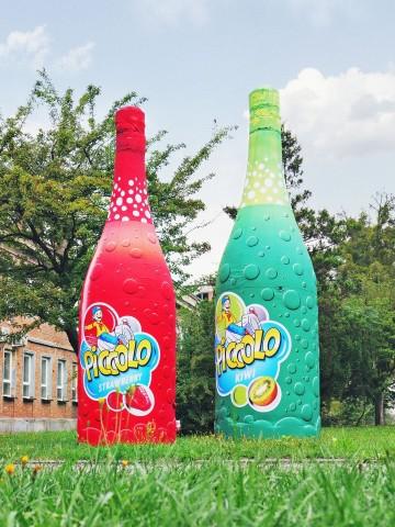 Constant pressure product replicas - children's champagne Picollo bottles