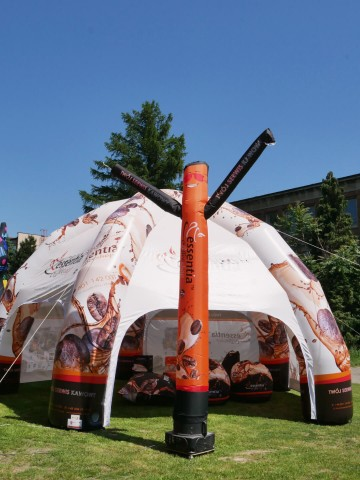 100% printed Airdancer in the company of a Spider pneumatic tent